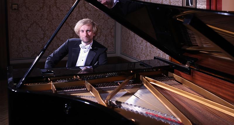 Klavírista Ivo Kahánek vystoupí na zahajovacím koncertu festivalu v Litomyšli