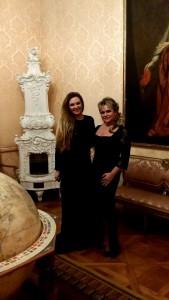Ester Pavlů s klavíristkou Ladislavou Vondráčkovou