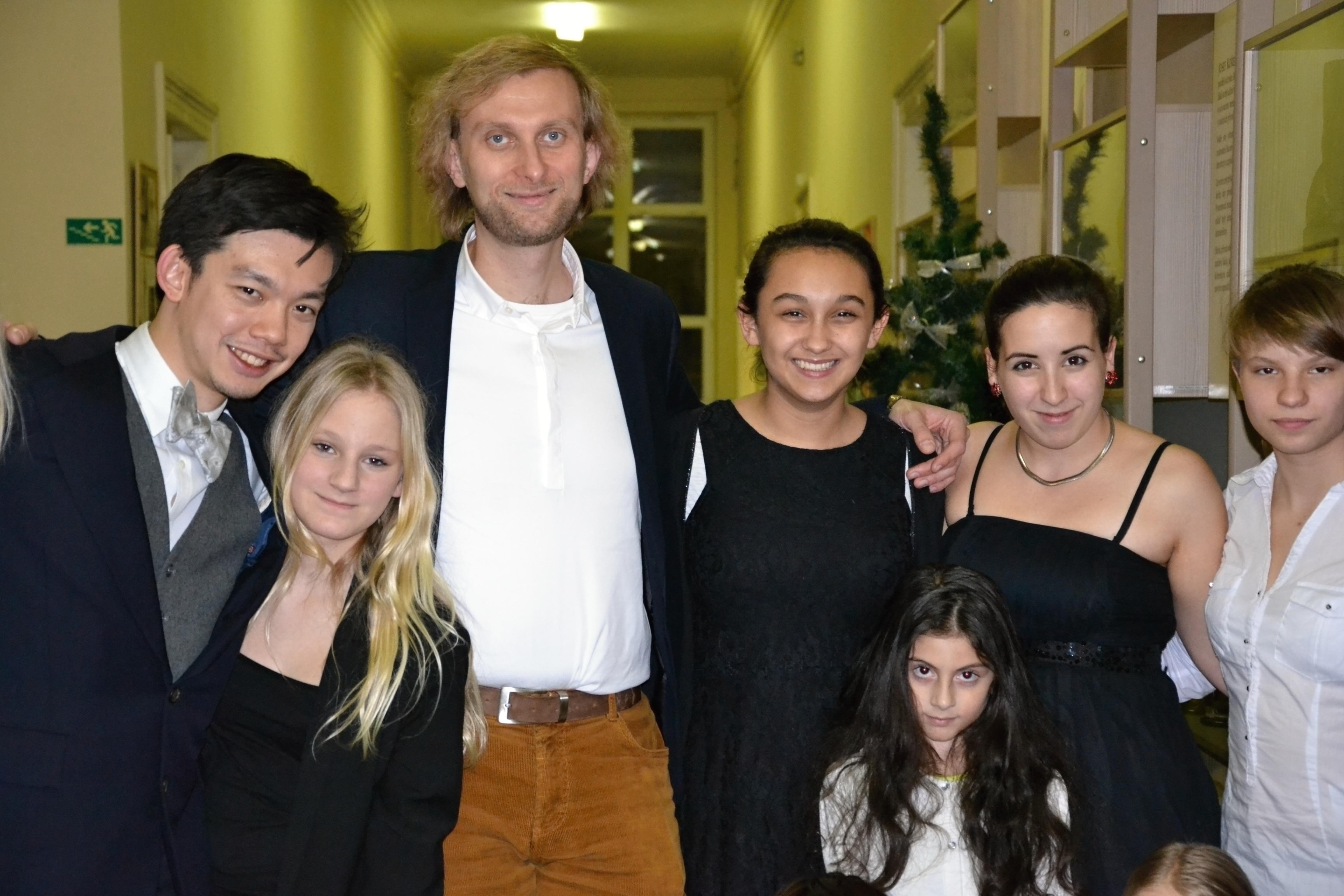 S dětmi pro děti: Ivo Kahánek zahraje pro dětský domov
