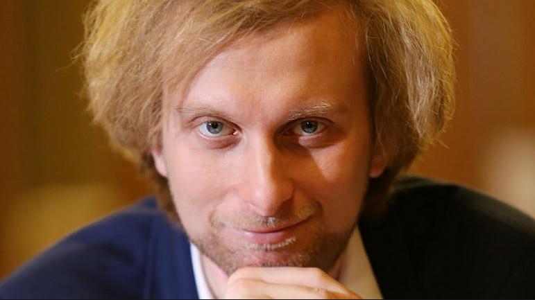 """Ivo Kahánek zahraje napínavý Bartókův koncert, tzv. """"řemenovku"""""""