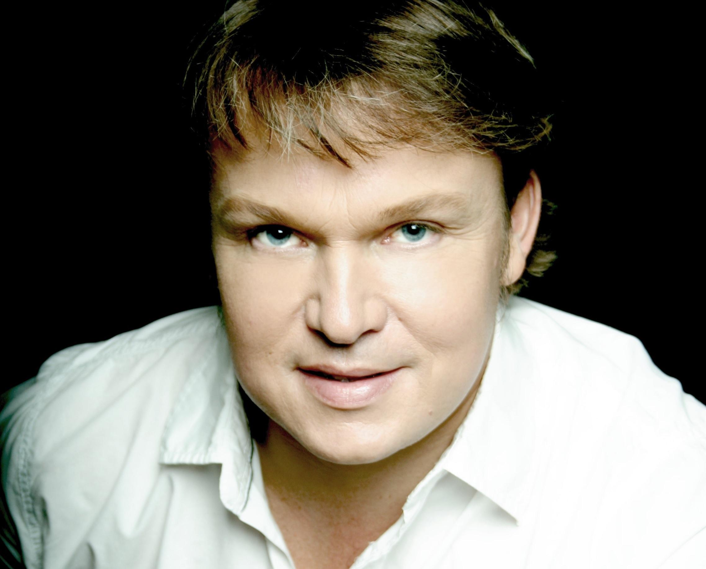 Tenorista Aleš Briscein vystoupí v hlavní roli Paula v celosvětovém živém přenosu opery Die tote Stadt z Berlína